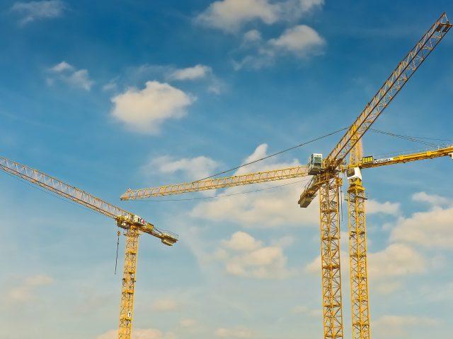 cranes-1758459_1920